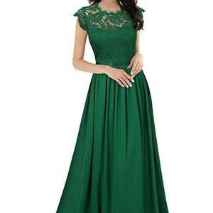Dresses & Skirts - Capped Sleeve vintage style pleated formal dress